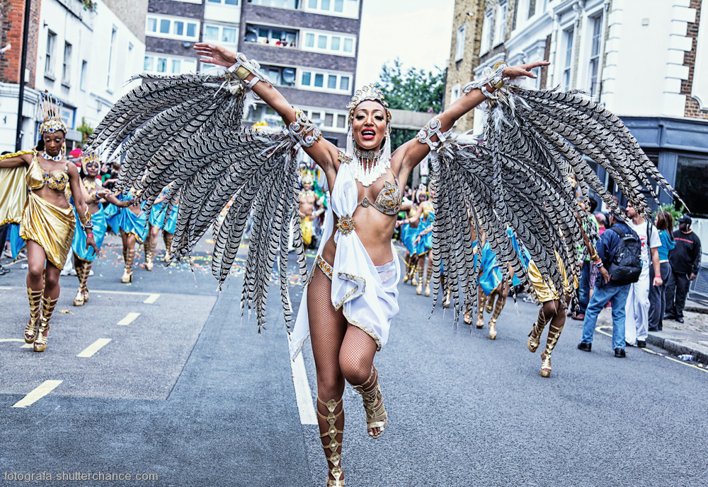 photoblog image Nottinghill Carnival - Would U Like To Party With Me